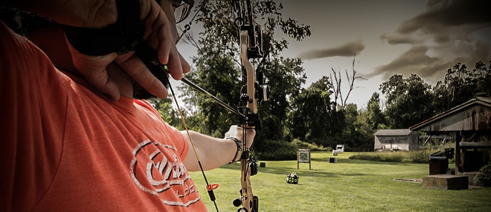 bowhunting-sight-in-with-field-points